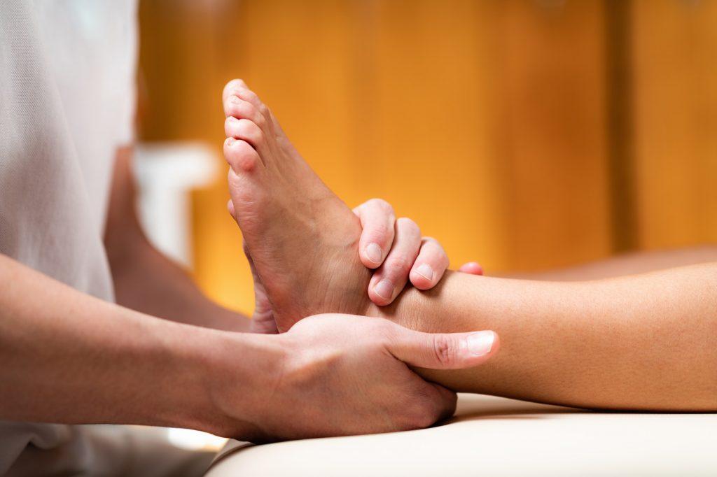 Leg Pain Osteopathy Treatment.